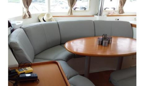 Image of Lagoon 410 S2 for sale in Saint Vincent and the Grenadines for $225,000 (£162,649) Grenada W.I., Saint Vincent and the Grenadines