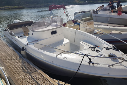 B2 Marine CAP FERRET 652 OPEN for sale in France for €29,000 (£25,227)