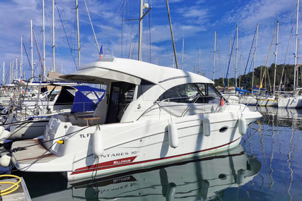 Beneteau Antares 30 S for sale in France for €139,000 (£119,765)