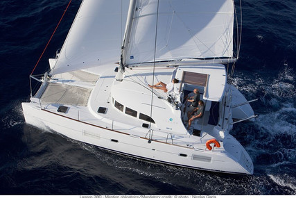 Lagoon 380 for sale in France for €290,000 (£249,664)