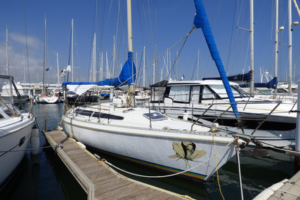 Dufour Yachts GIB SEA 105 for sale in France for €28,000 (£24,143)
