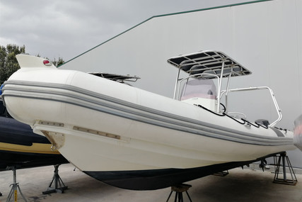 Zodiac PRO OPEN 850 for sale in France for €36,000 (£31,244)