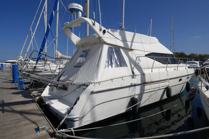 Azimut Yachts 40 FLY for sale in France for €79,900 (£68,636)