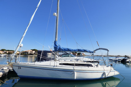 Dufour Yachts GIB SEA 31 for sale in France for €18,000 (£15,646)