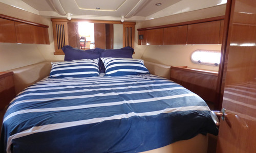 Image of Sealine S38 for sale in France for €124,500 (£106,718) Languedoc-Roussillon Midi-Pyrénées, , France