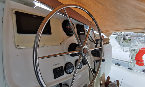 Image of Fountaine Pajot Lipari 41 for sale in France for €195,000 (£168,132) France