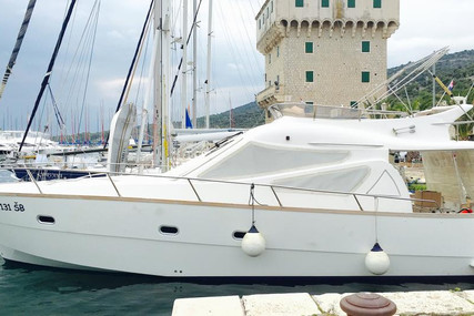 Adex 43 for sale in Croatia for €119,000 (£101,238)