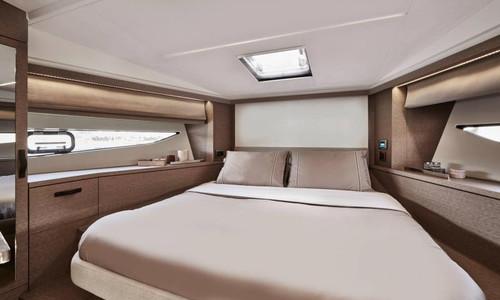 Image of Prestige 420 for sale in Germany for €685,900 (£587,605) Bönningstedt, , Germany