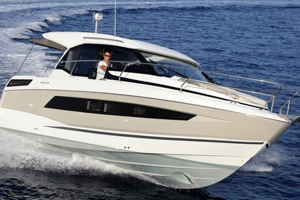 Jeanneau NC 33 for sale in Germany for €335,742 (£289,498)