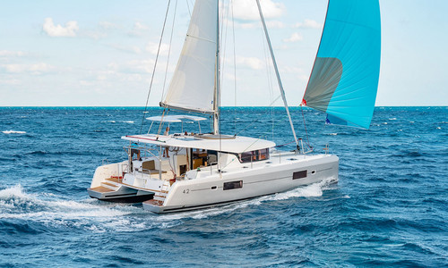 Image of Lagoon 42 for sale in France for €515,749 (£443,038) Les Sables-d'Olonne, , France