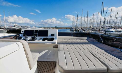 Image of Prestige 520 for sale in France for €839,000 (£717,014) Hyeres, , France