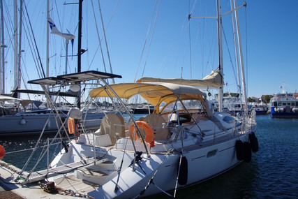 Jeanneau Sun Odyssey 54 DS for sale in France for €250,000 (£217,355)
