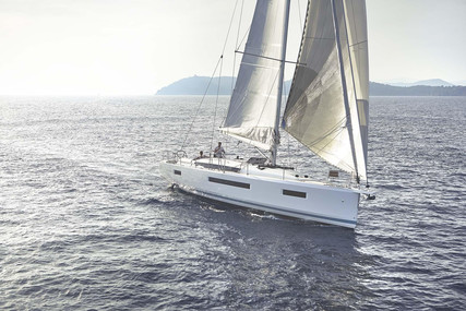 Jeanneau Sun Odyssey 440 for sale in France for €326,000 (£280,505)