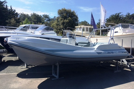 Zar Formenti 57 WELLDECK for sale in France for €55,900 (£48,431)