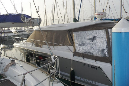 Jeanneau NC 11 for sale in France for €189,000 (£162,845)