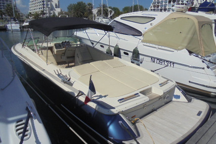 Chris-Craft Corsair 32 for sale in France for €179,000 (£155,682)