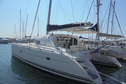 Lagoon 410 for sale in France for €155,000 (£133,651)