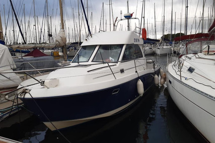 Beneteau Antares 9 for sale in France for €49,000 (£42,131)