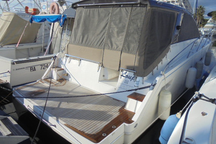 Sealine SC35 for sale in France for €159,000 (£136,953)