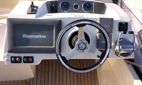 Image of Prestige 42 for sale in France for €199,900 (£172,366) CAP D'AGDE, CAP D'AGDE, , France