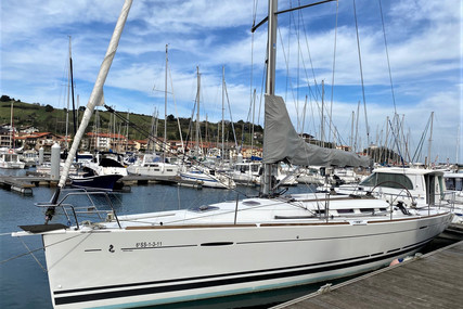 Beneteau First 40 for sale in Spain for €120,000 (£103,253)