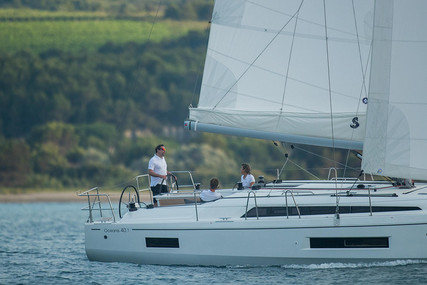 Beneteau Oceanis 40.1 for sale in France for €291,900 (£250,547)