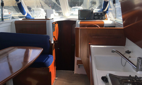 Image of Beneteau Antares 9 for sale in France for €38,000 (£32,980) TREAUVILLE, , France