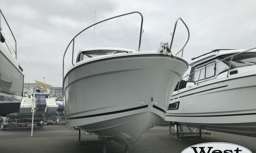 Image of Jeanneau Merry Fisher 695 for sale in France for €58,000 (£50,250) France