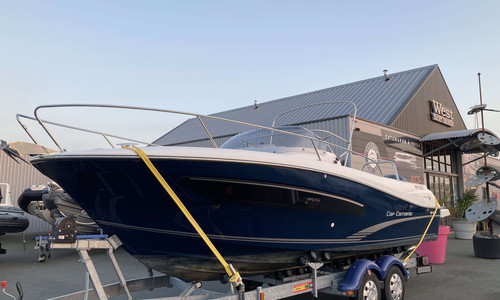 Image of Jeanneau Cap Camarat 7.5 WA for sale in France for €59,000 (£51,116) France