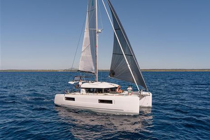 Lagoon 40 for sale in France for €339,000 (£291,475)