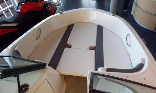 Image of Bayliner ELEMENT E21 for sale in United Kingdom for £43,910 Chertsey, United Kingdom