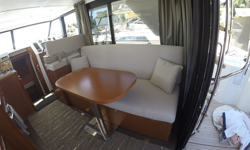 Image of Beneteau Swift Trawler 30 for sale in France for €225,000 (£195,838) LE LAVANDOU, , France