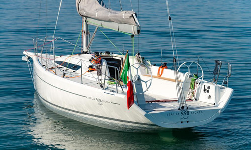 Image of Italia Yachts 9.98 CLUB for sale in Switzerland for €215,000 (£186,223) Kreuzlingen, Kreuzlingen, , Switzerland