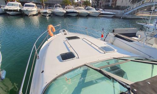Image of Sea Ray 290 Sundancer for sale in France for €25,900 (£22,316) Port Fréjus, Fréjus, , France