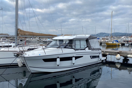 Jeanneau Merry Fisher 895 for sale in France for €130,000 (£112,600)