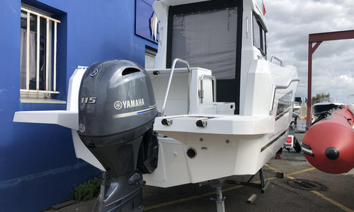 Image of Jeanneau Merry Fisher 605 Marlin for sale in France for €37,490 (£32,258) Le Havre, , France
