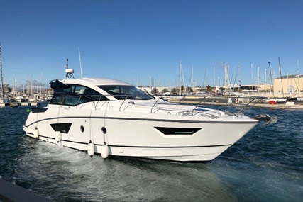 Beneteau Gran Turismo 46 for sale in France for €455,000 (£391,708)