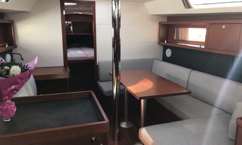 Image of Beneteau Oceanis 41 for sale in France for €189,500 (£162,317) La Rochelle, La Rochelle, , France