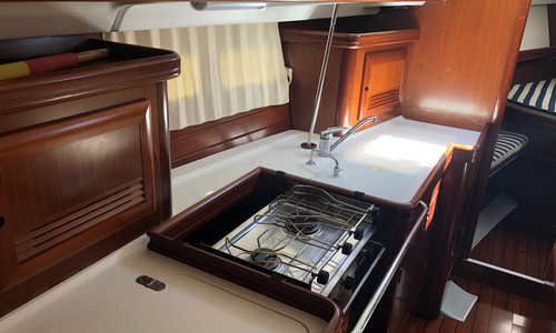 Image of Beneteau Oceanis 423 for sale in Spain for €98,000 (£83,668) Denia, Denia, , Spain