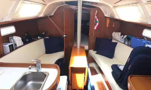 Image of Beneteau Oceanis 311 Clipper for sale in Spain for €49,000 (£42,131) Dénia, , Spain