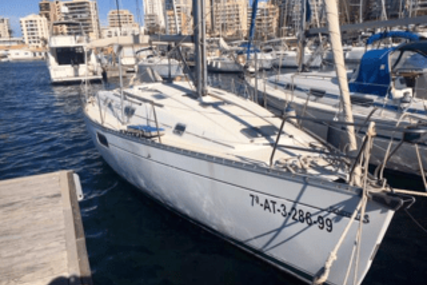 Beneteau Oceanis 351 for sale in Spain for €55,000 (£47,350)