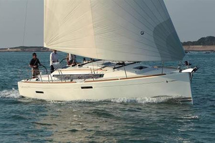 Jeanneau Sun Odyssey 389 for sale in Ireland for €225,219 (£193,788)
