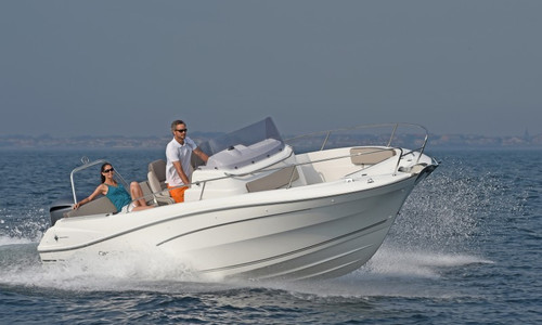 Image of Jeanneau Cap Camarat 7.5 Cc for sale in France for €63,700 (£54,770) CALVI, , France