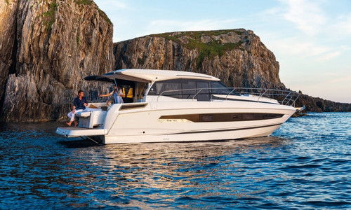 Image of Jeanneau NC 37 for sale in France for €439,000 (£375,644) BORMES LES MIMOSAS, , France