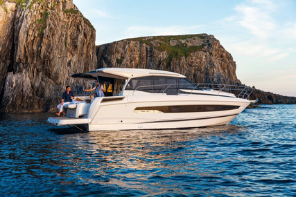 Jeanneau NC 37 for sale in France for €439,000 (£380,241)