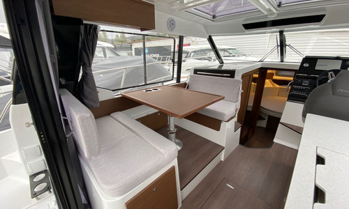 Image of Jeanneau Merry Fisher 1095 for sale in France for €231,000 (£200,908) bormes les mimosas, , France
