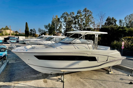 Jeanneau Cap Camarat 10.5 WA for sale in France for €239,000 (£206,081)