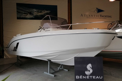 Beneteau Flyer 7 Spacedeck for sale in France for €56,448 (£48,596)