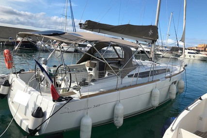 Jeanneau Sun Odyssey 349 for sale in France for €104,000 (£90,452)