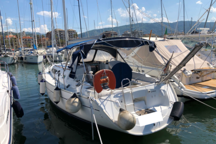 Jeanneau Sun Odyssey 37 for sale in Italy for €52,000 (£44,835)